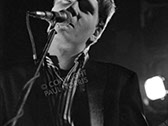 A photo of Glenn Tilbrook of Squeeze, taken in 1980.